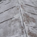 Очистка снега с крыши многоквартирного дома